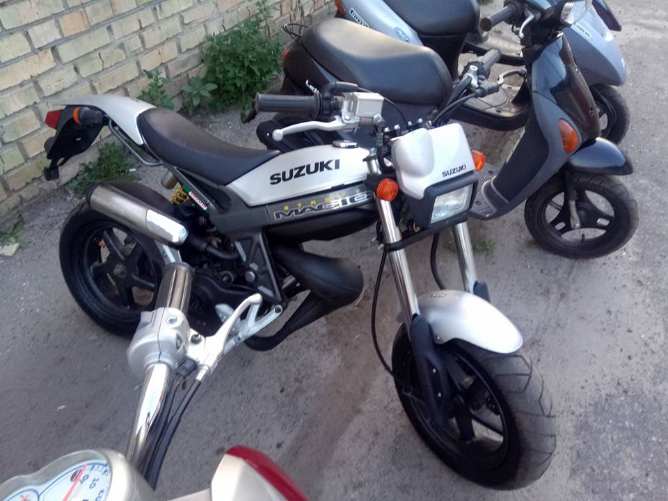 Suzuki Street Magic
